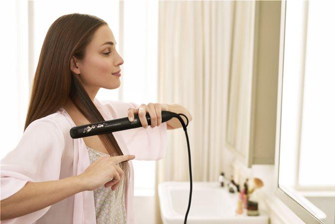 Λαμπερά μαλλιά με 2 φορές ισχυρότερο σύστημα ιονισμού