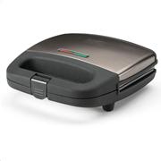 Black+Decker Τοστιέρα για 2 Τοστ 750W Πλάκες Με Ραβδώσεις BXSA751E Inox