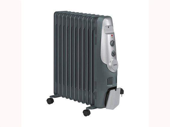 AEG καλοριφέρ λαδιού θέρμανσης, 2200Watt, με 3 ρυθμίσεις ισχύος και θερμοστάτη, RA5522