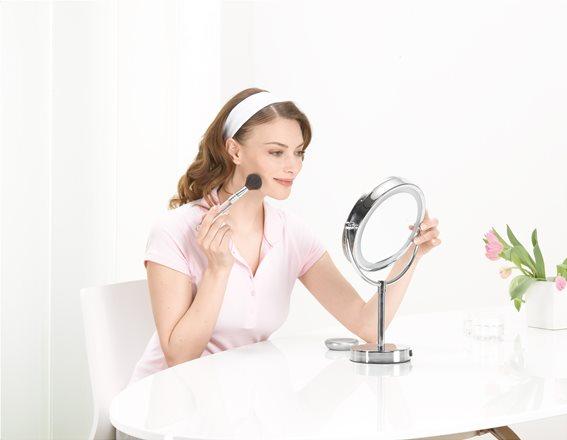 Beurer Φωτιζόμενος Καθρέφτης Ομορφιάς LED 17cm Ρεύματος και Μεγέθυνση x5 BS 69